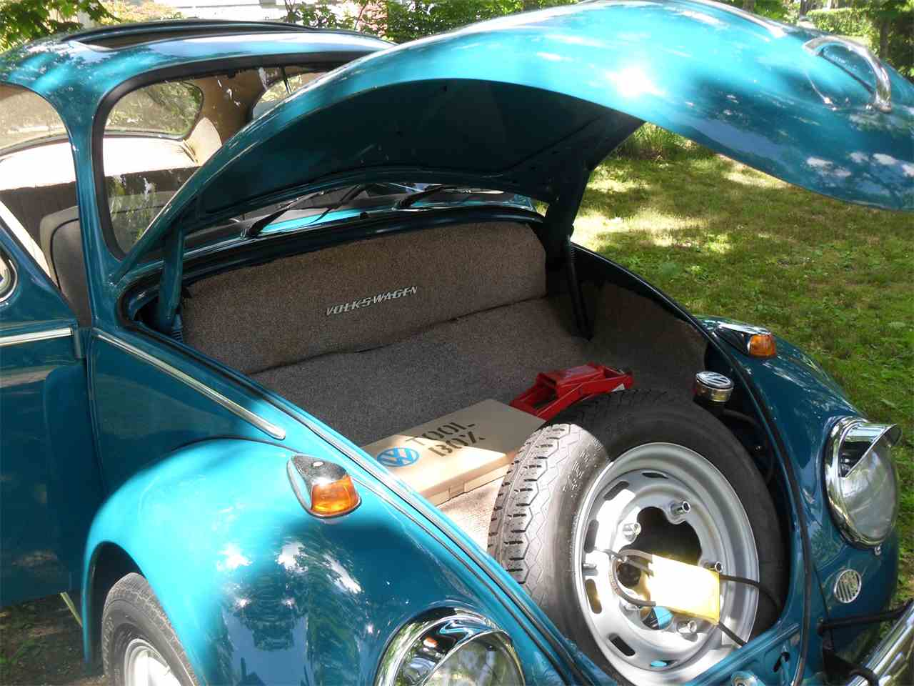 Large Picture of '65 Beetle - NO98
