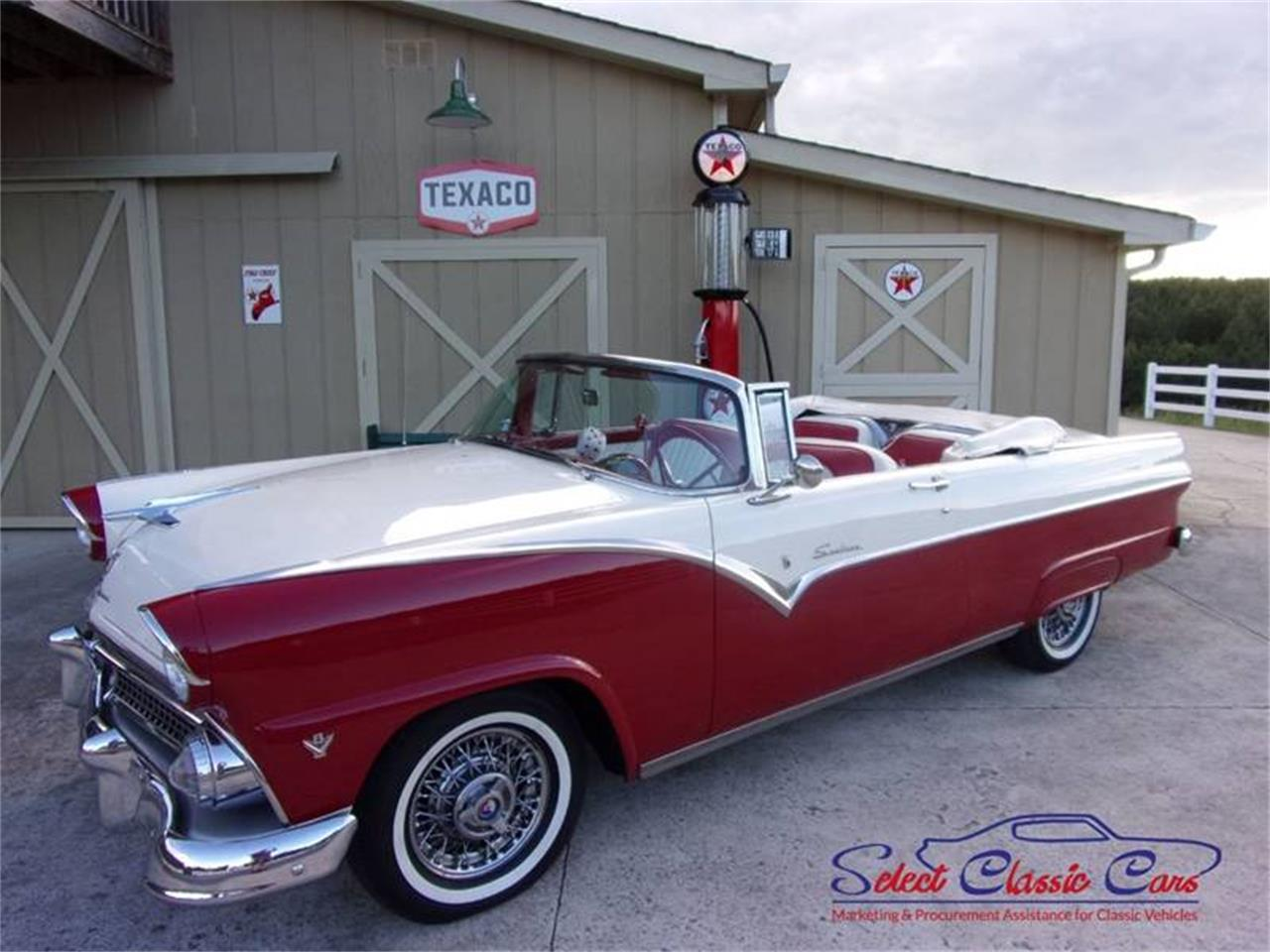Large Picture of Classic 1955 Ford Skyliner - $55,000.00 Offered by Select Classic Cars - NOFH