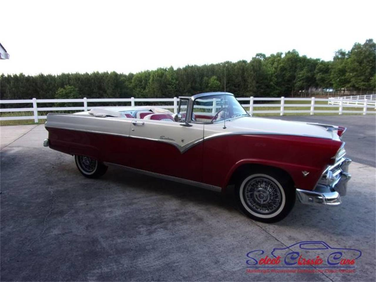 Large Picture of '55 Ford Skyliner - NOFH