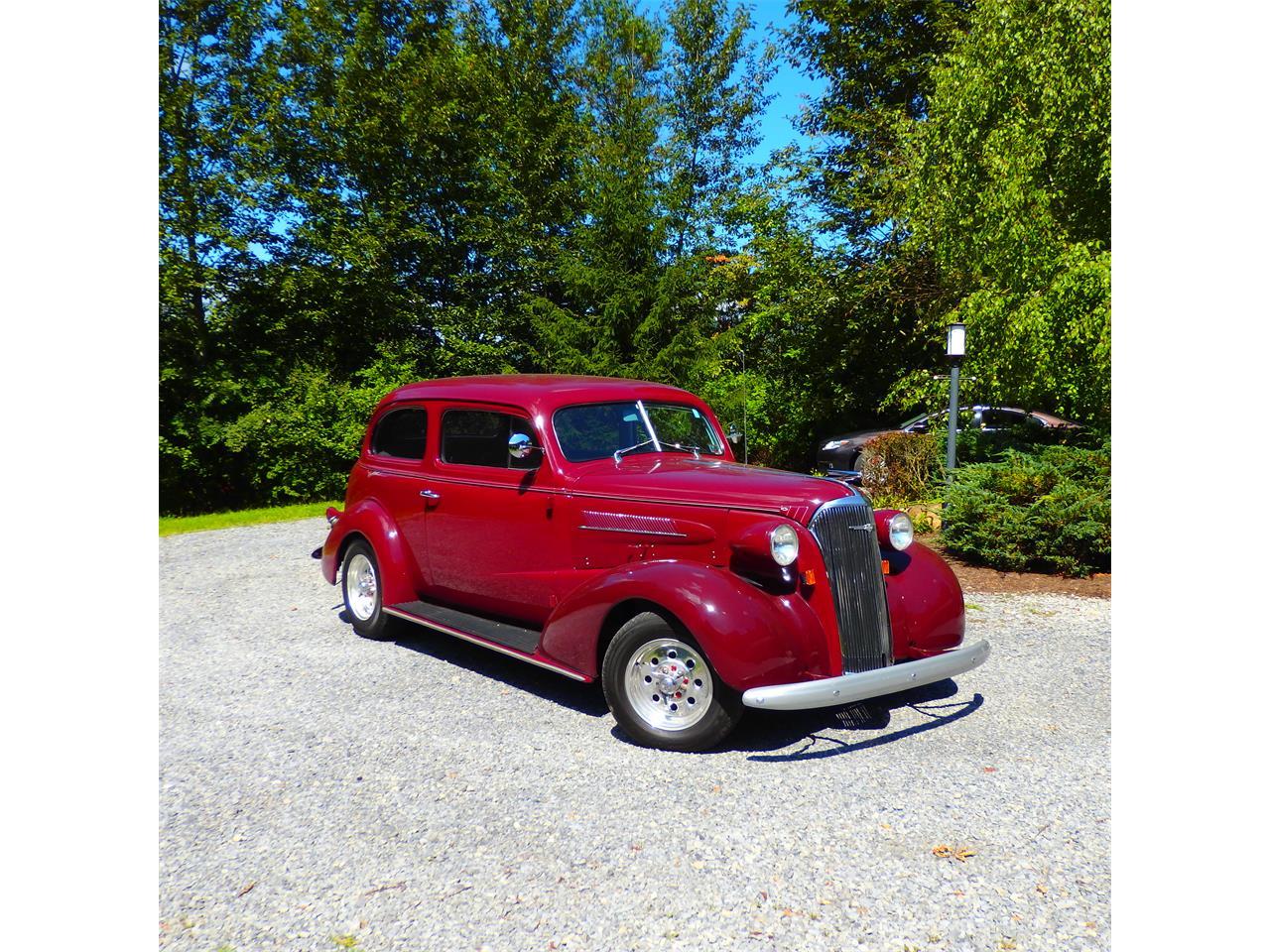 Large Picture of '37 2-Dr Sedan - NOGL
