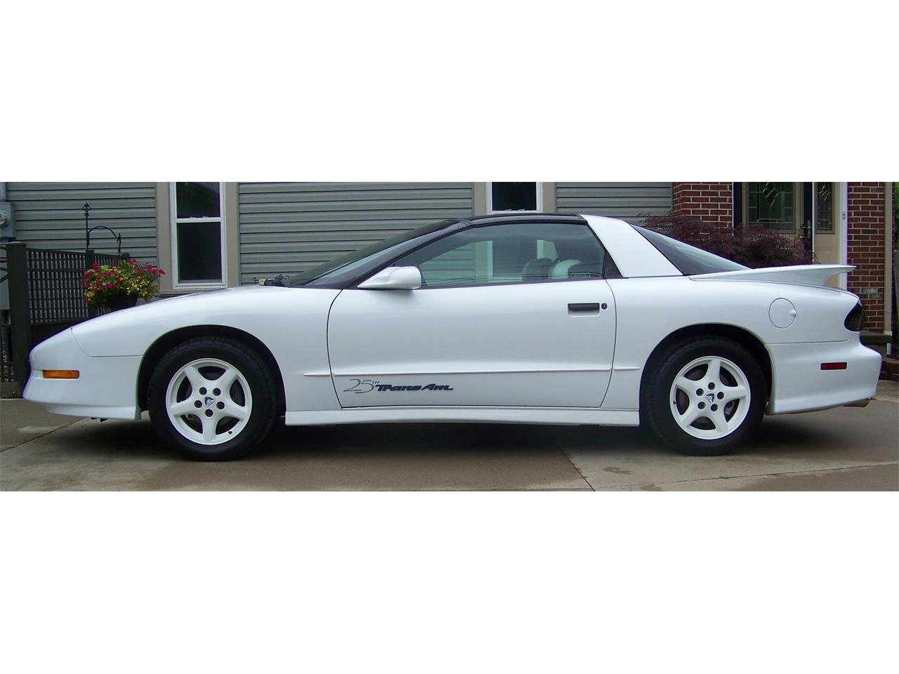 Large Picture of '94 Firebird Trans Am - $17,500.00 - NOQC