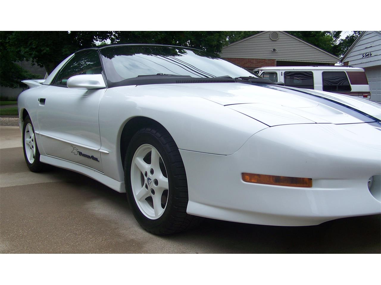 Large Picture of 1994 Pontiac Firebird Trans Am located in Ohio - $17,500.00 Offered by a Private Seller - NOQC