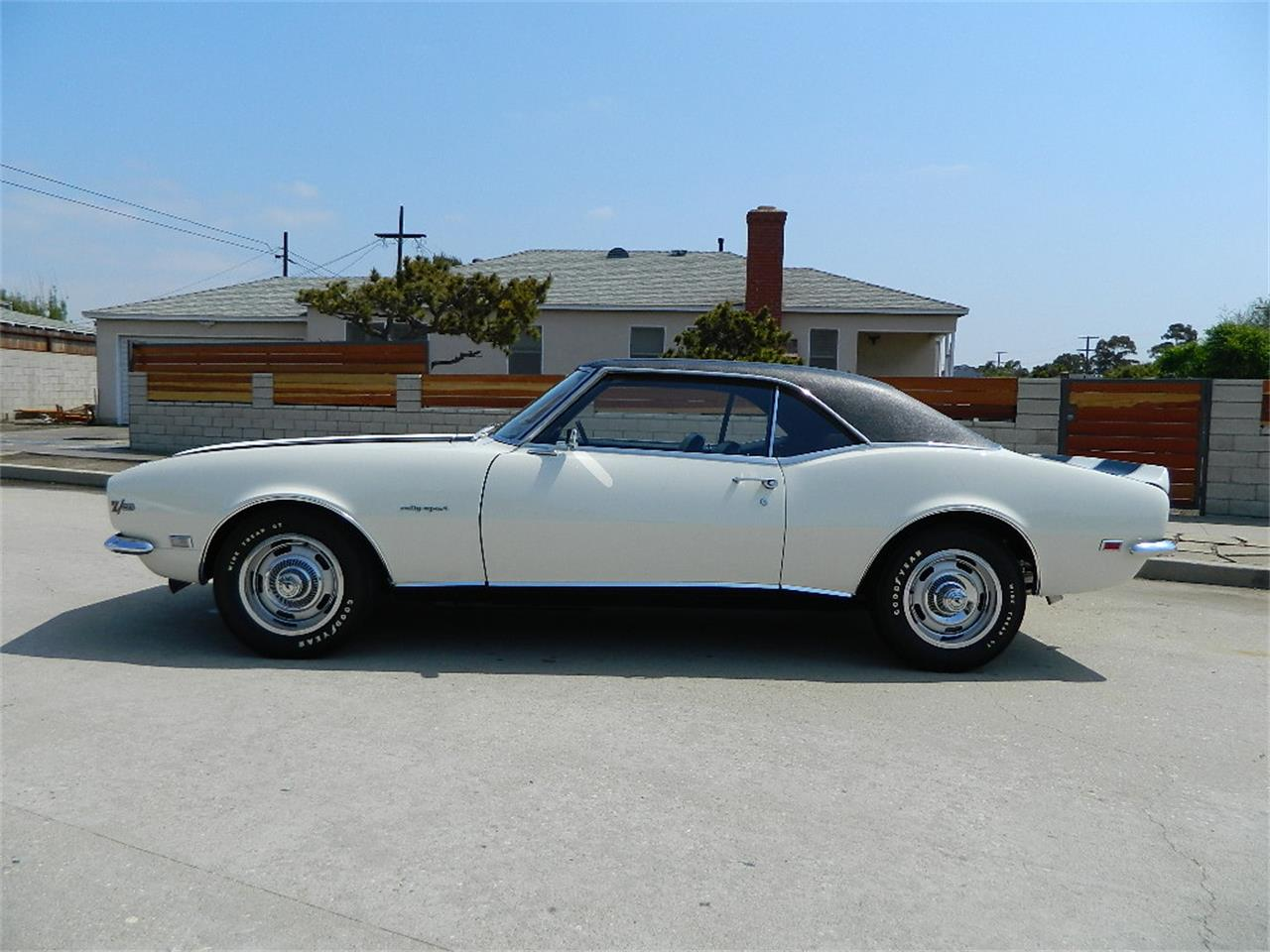 Large Picture of Classic '68 Chevrolet Camaro RS Z28 - $89,000.00 Offered by Classic Car Marketing, Inc. - NOYI