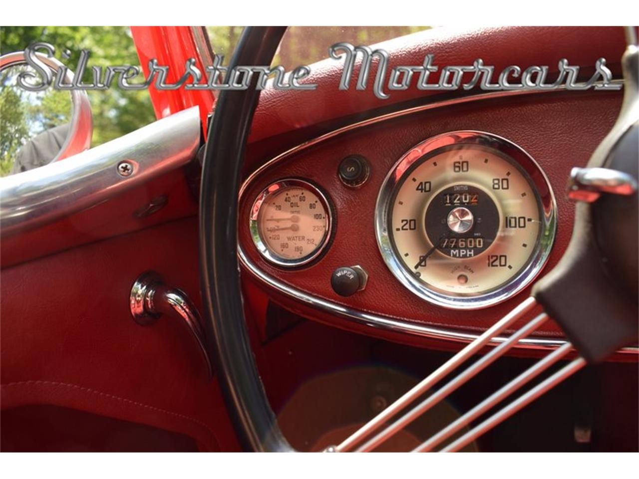 Large Picture of '61 Austin-Healey 3000 located in North Andover Massachusetts Offered by Silverstone Motorcars - NP0V