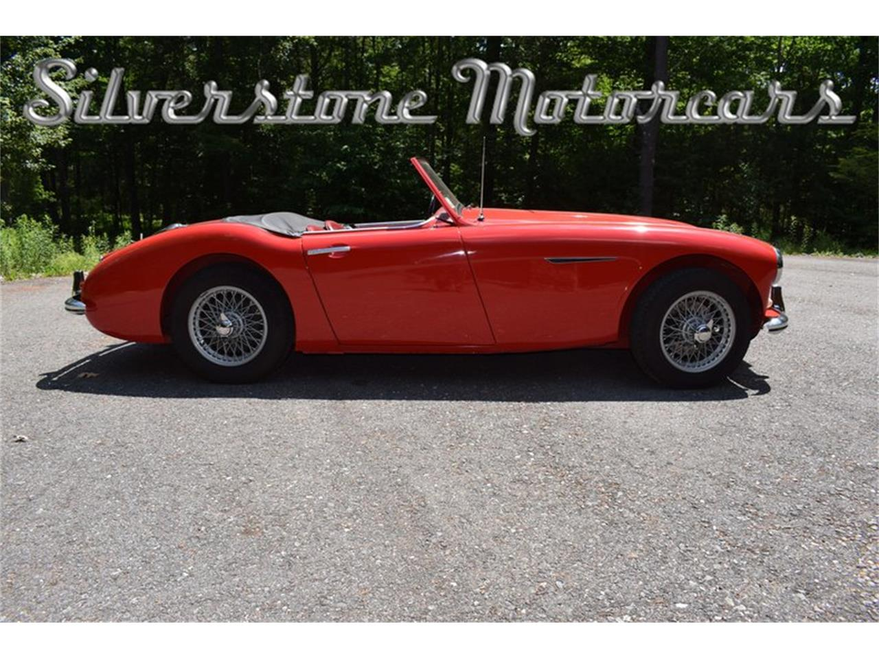 Large Picture of Classic 1961 Austin-Healey 3000 - NP0V