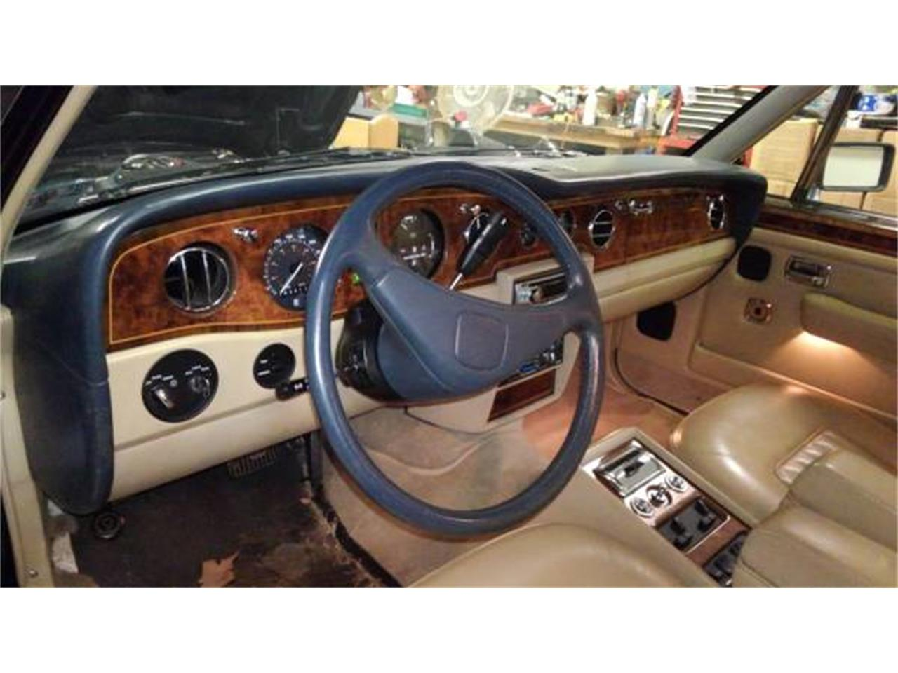 Large Picture of '90 Rolls-Royce Silver Spirit - $14,000.00 - NP63