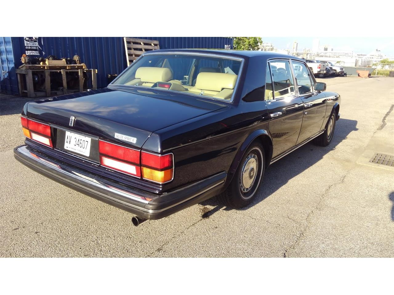 Large Picture of 1990 Rolls-Royce Silver Spirit located in charleston West Virginia - $14,000.00 Offered by a Private Seller - NP63