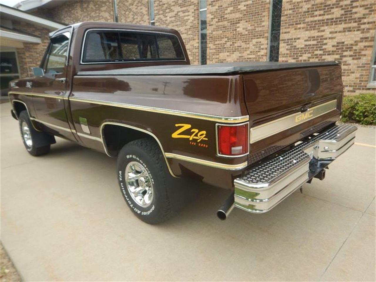 Large Picture of '79 GMC C/K 1500 located in Iowa - $15,995.00 Offered by Kinion Auto Sales & Service - NPBG