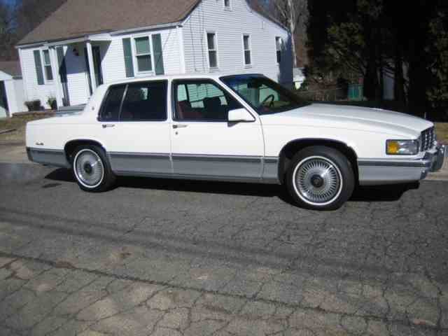 Picture of '92 Sedan DeVille - NL8C