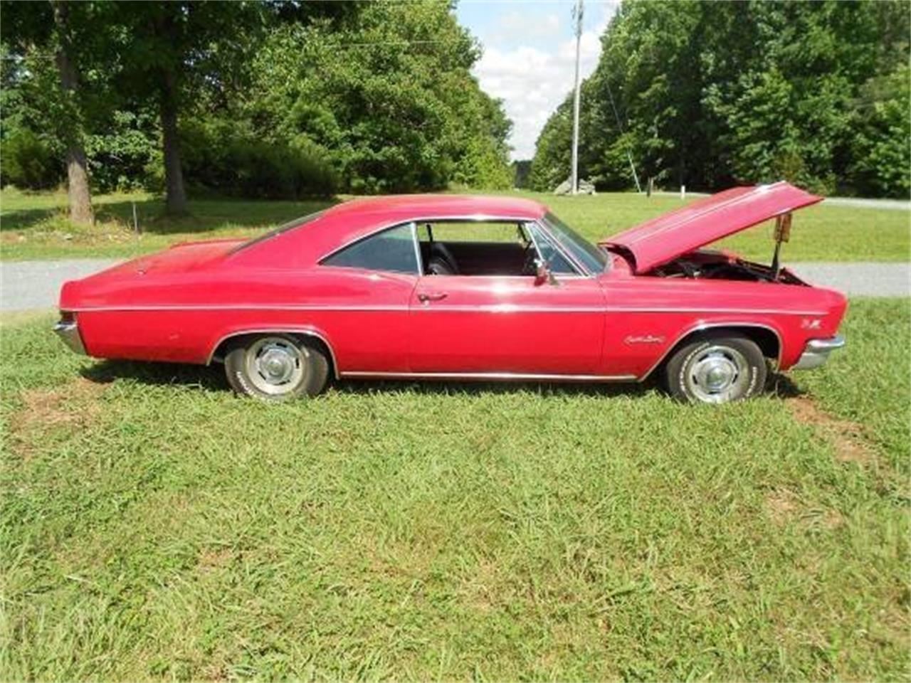 Large Picture of 1966 Chevrolet Impala located in Greensboro North Carolina - NPR0