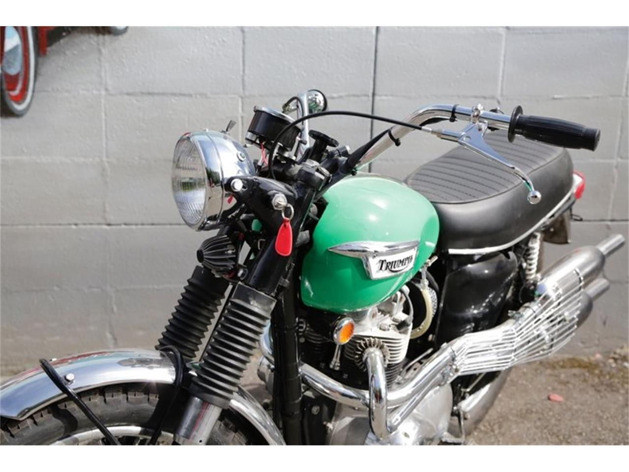 Large Picture of Classic 1969 Triumph Motorcycle located in Seattle Washington Offered by Drager's Classics - NPR4