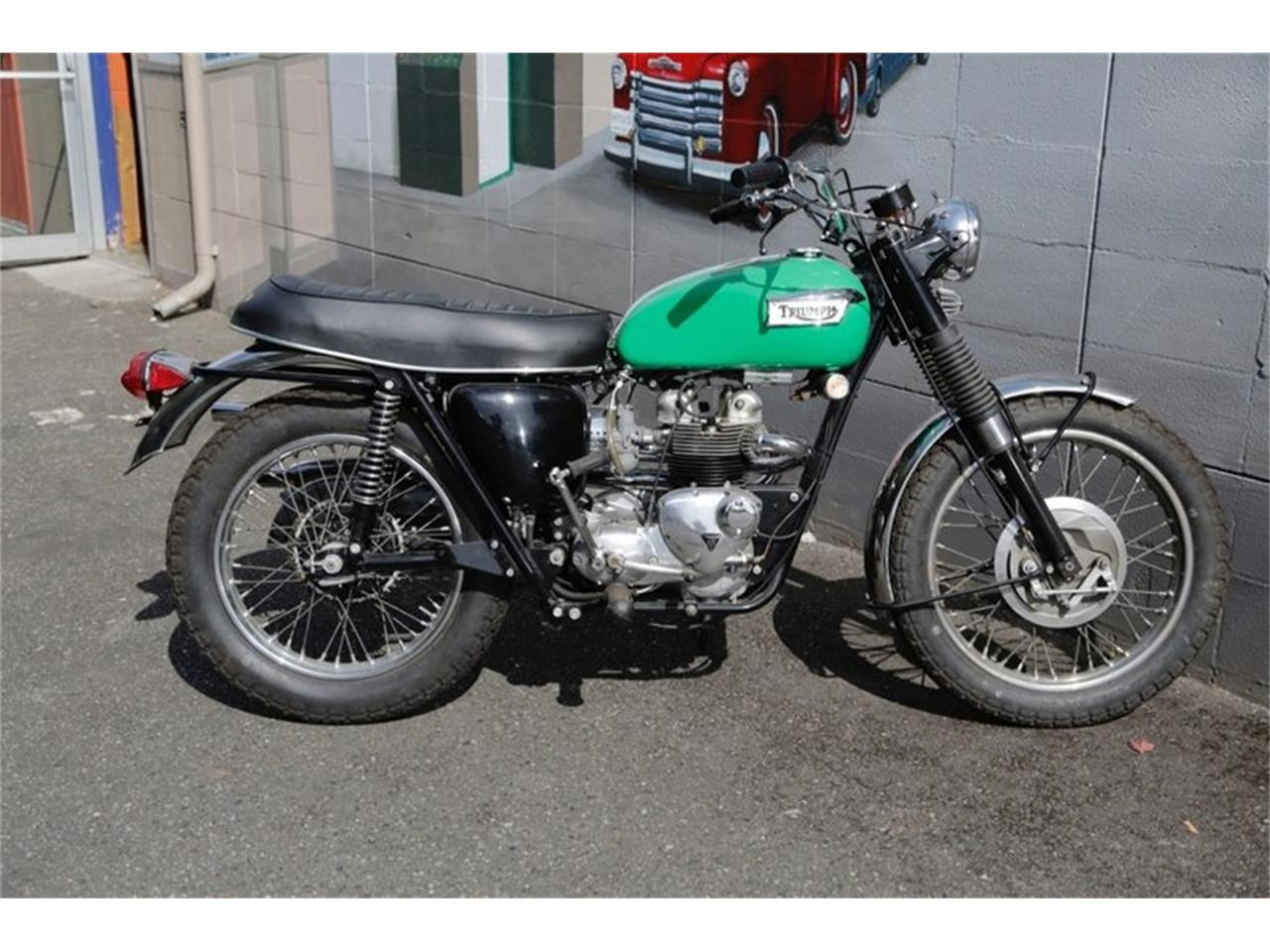 Large Picture of Classic 1969 Triumph Motorcycle - NPR4