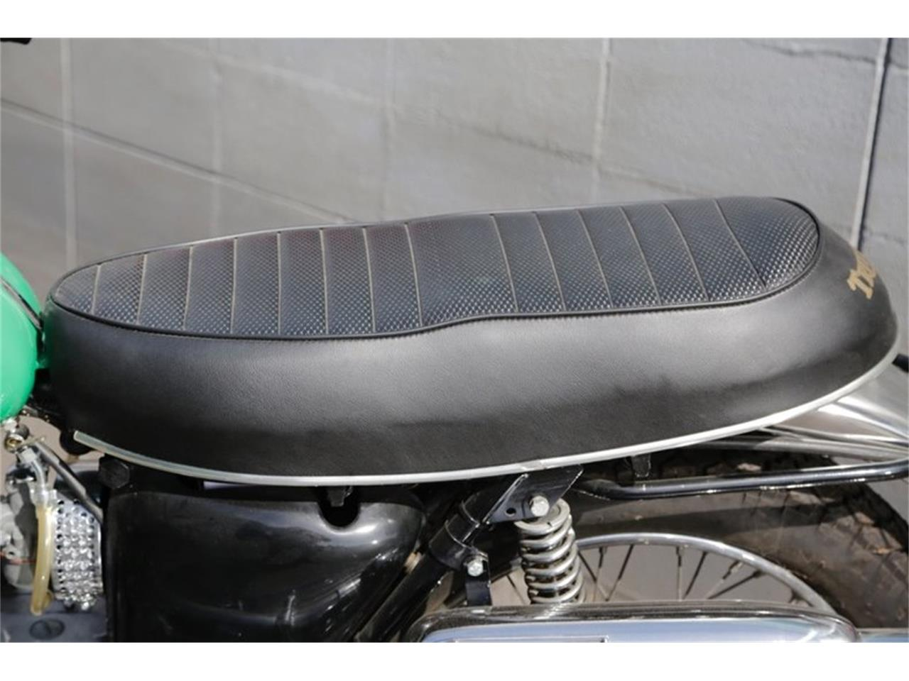 Large Picture of Classic '69 Motorcycle located in Seattle Washington Offered by Drager's Classics - NPR4