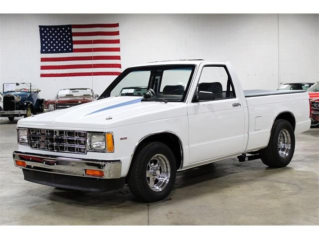 Picture of '86 S10 located in Kentwood Michigan Offered by  - NPWC