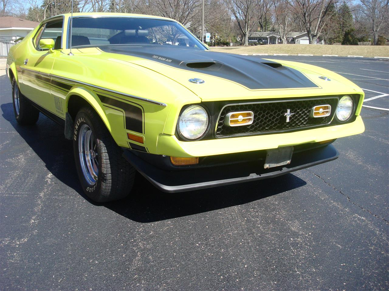 Large Picture of Classic '72 Mustang located in Illinois - $28,500.00 Offered by Naperville Auto Haus - NQ5T