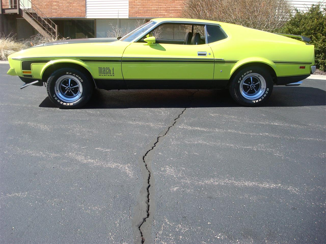Large Picture of '72 Ford Mustang Offered by Naperville Auto Haus - NQ5T