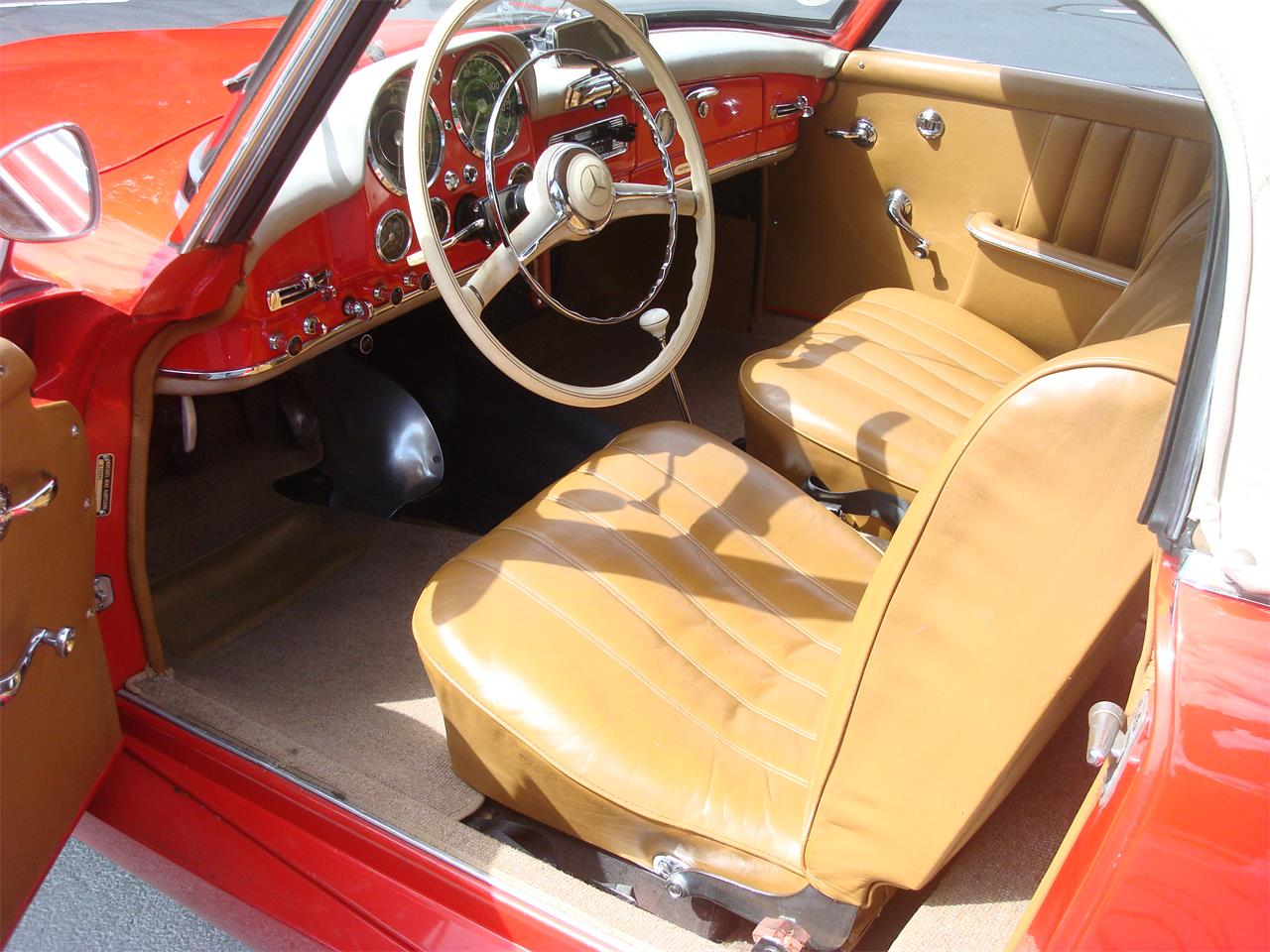 Large Picture of Classic 1958 Mercedes-Benz 190SL located in naperville Illinois Offered by Naperville Auto Haus - NQ5X