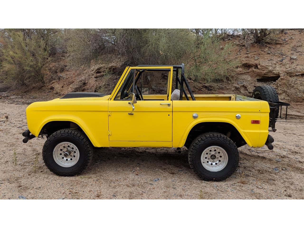 Large Picture of Classic 1971 Ford Bronco located in Arizona - NQFY