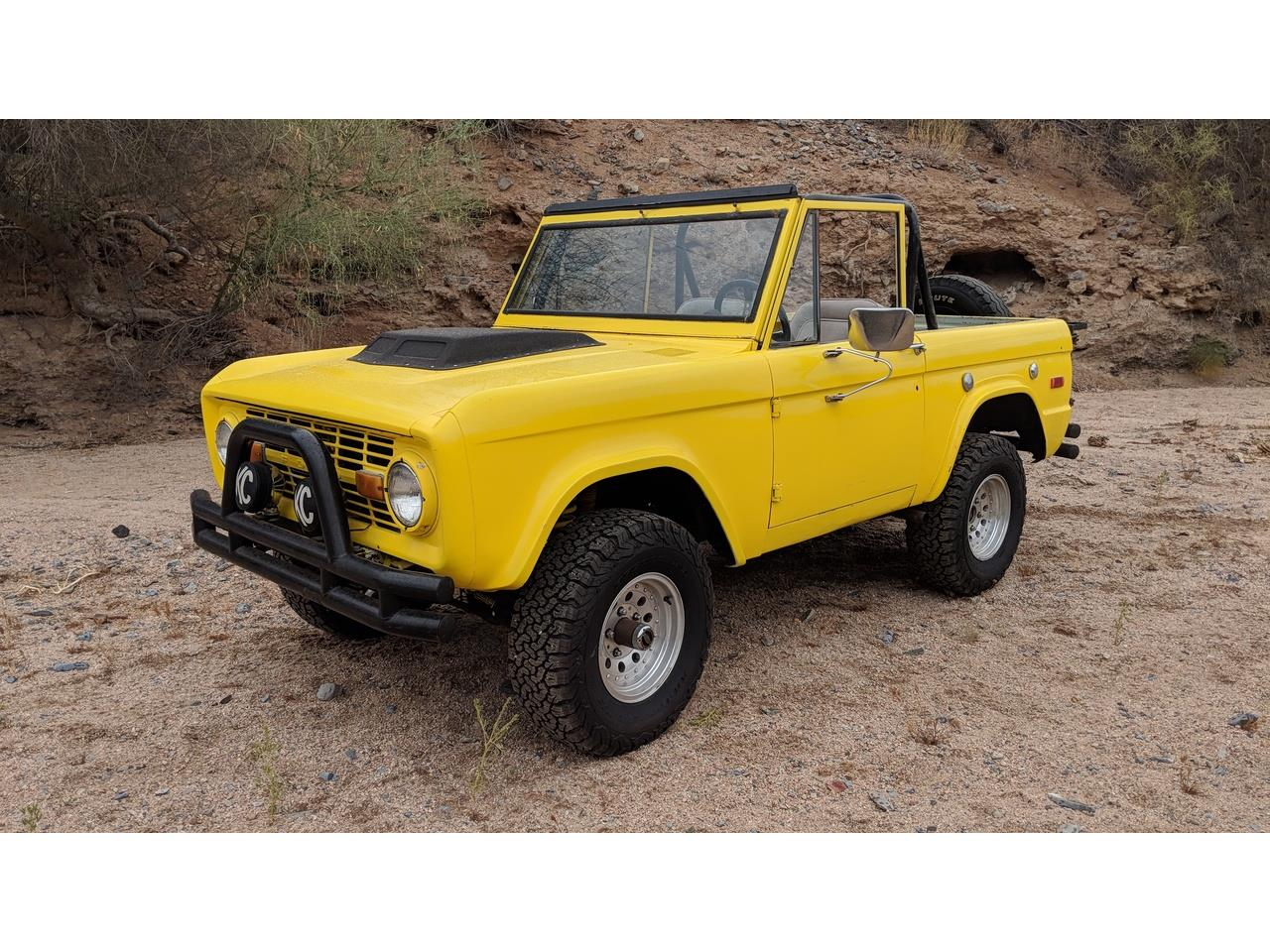 Large Picture of Classic 1971 Bronco Offered by a Private Seller - NQFY
