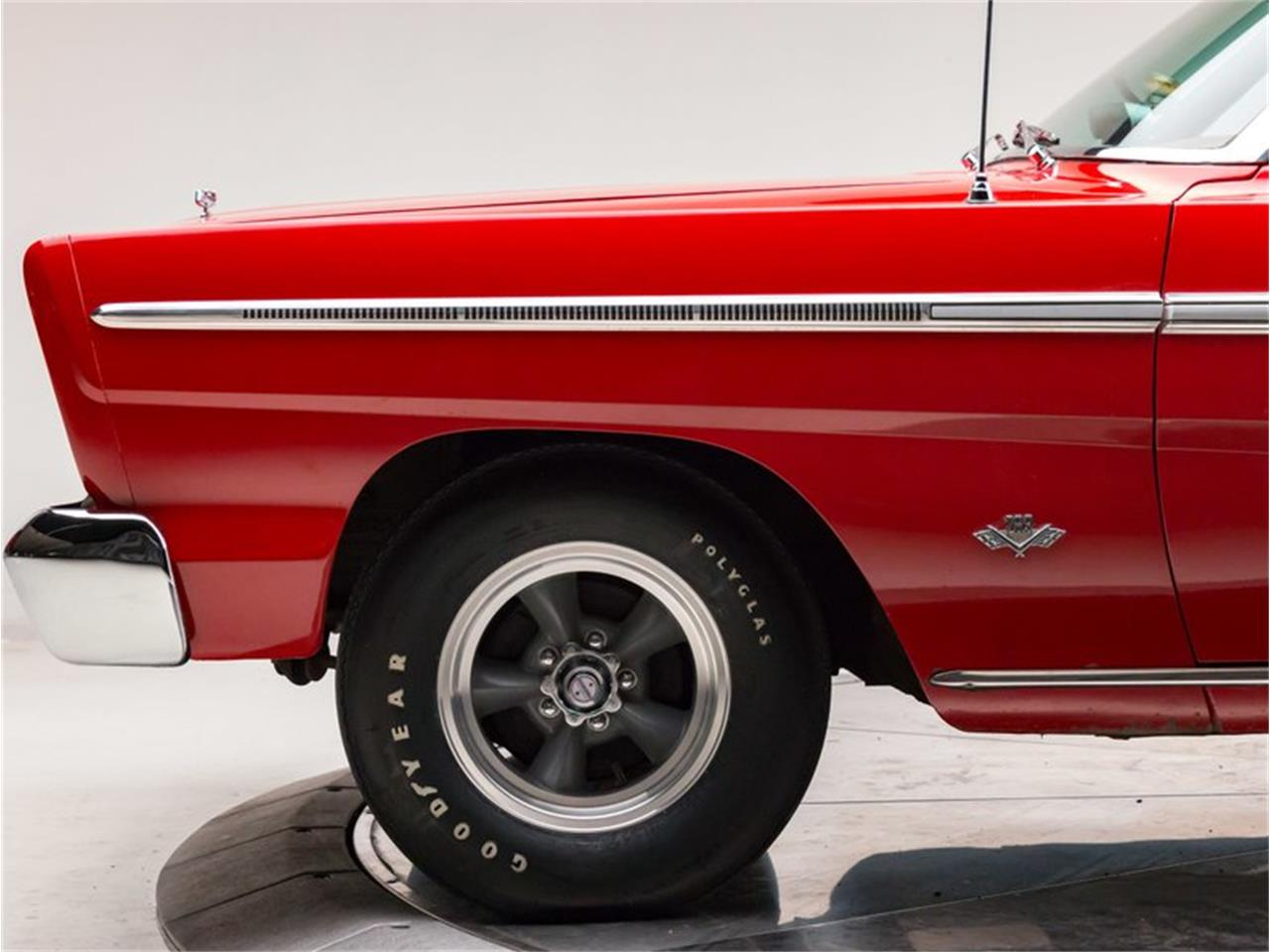 Large Picture of '65 Fairlane - NLC9