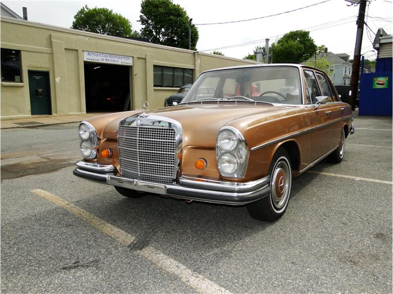 Large Picture of '69 Mercedes-Benz 280SE located in Beverly Massachusetts - NQJO
