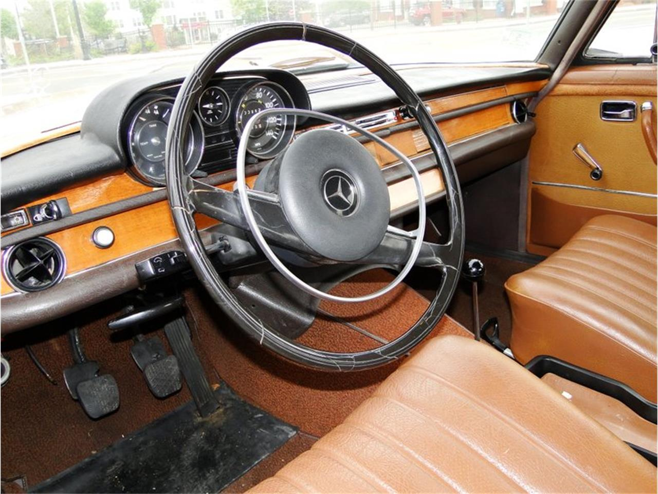 Large Picture of Classic '69 Mercedes-Benz 280SE located in Massachusetts Offered by Legendary Motors LLC - NQJO