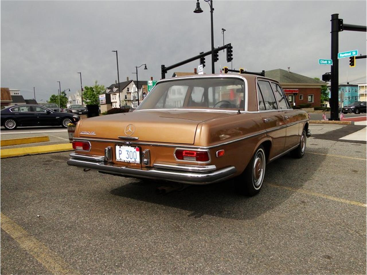 Large Picture of '69 Mercedes-Benz 280SE Offered by Legendary Motors LLC - NQJO
