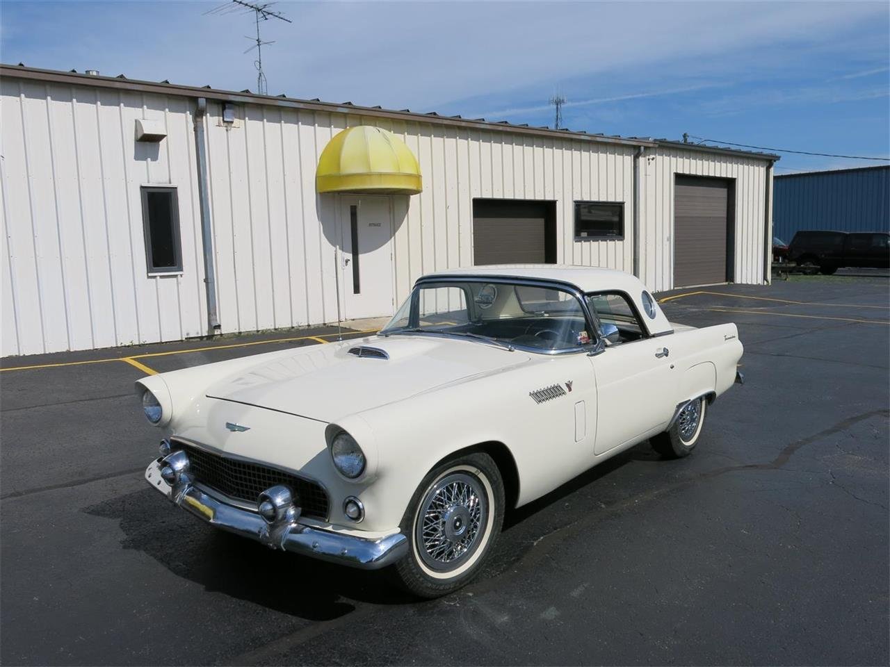 Large Picture of '55 Thunderbird - NQNY