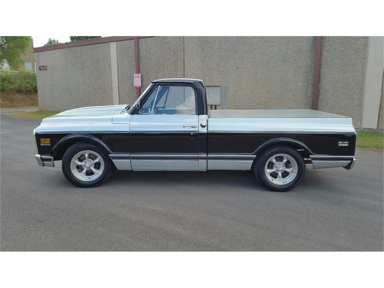 Large Picture of '70 C10 - NQWI