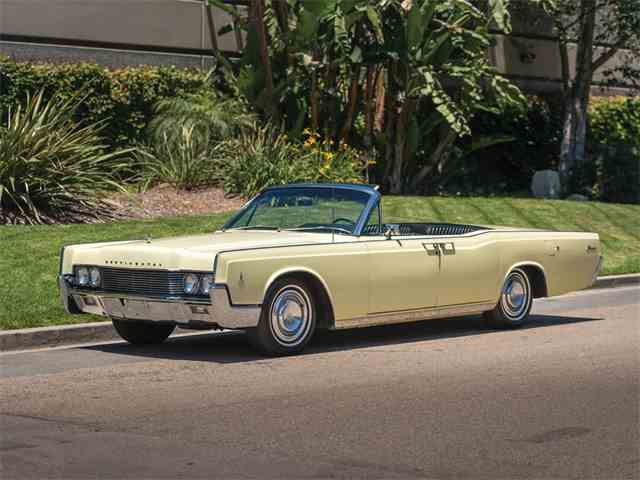 Picture of '66 Continental Convertible Sedan - NR7P
