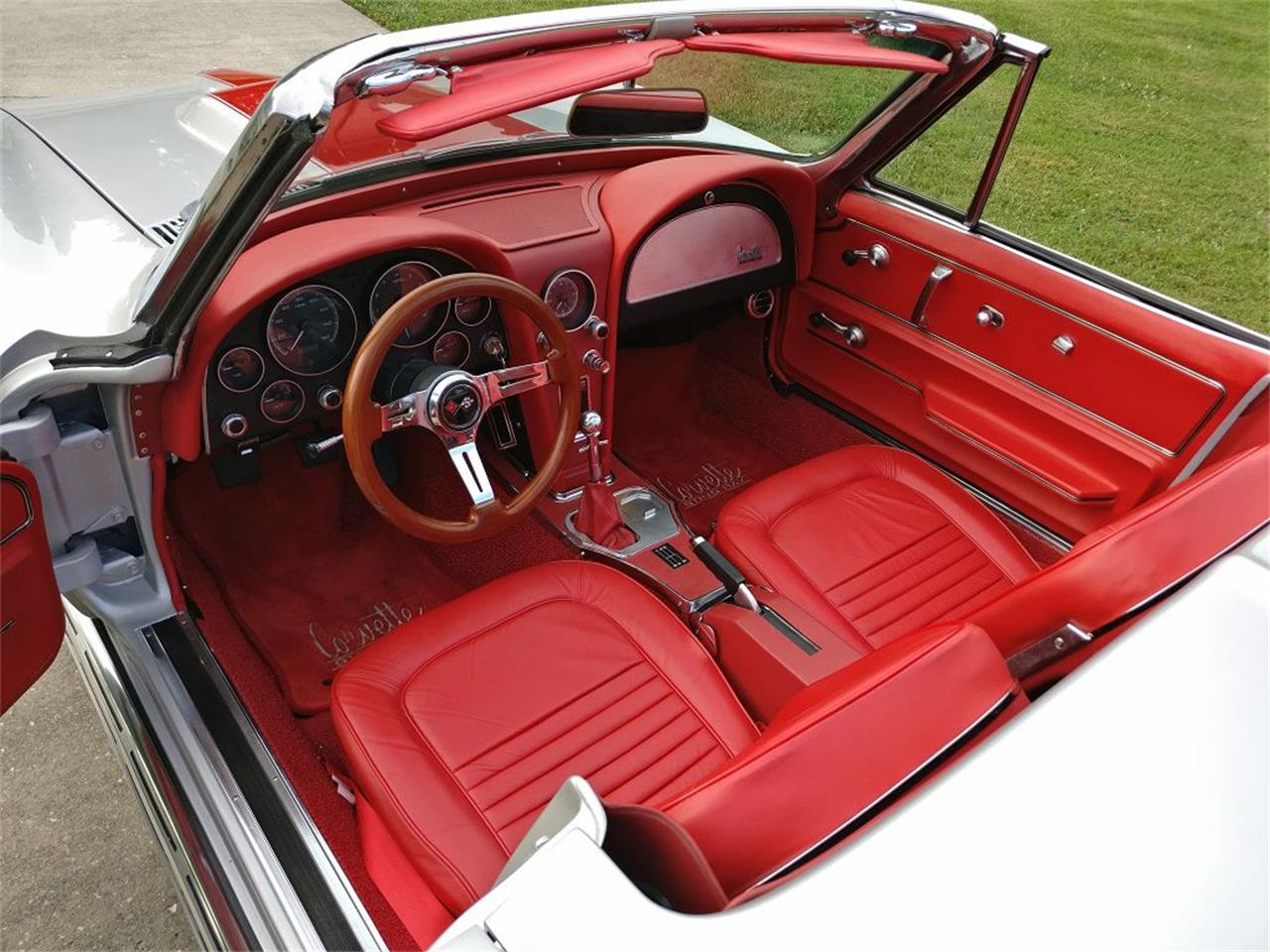 Large Picture of Classic '67 Corvette located in Tennessee - $144,900.00 Offered by Vintage Planet - NR9O