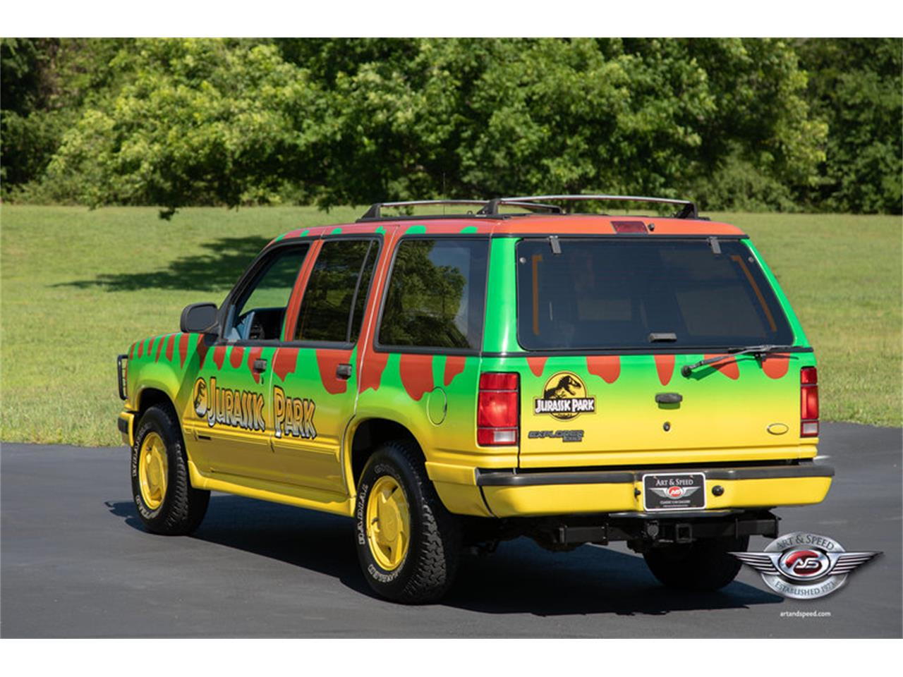 Large Picture of 1993 Explorer located in Collierville Tennessee - NRIV
