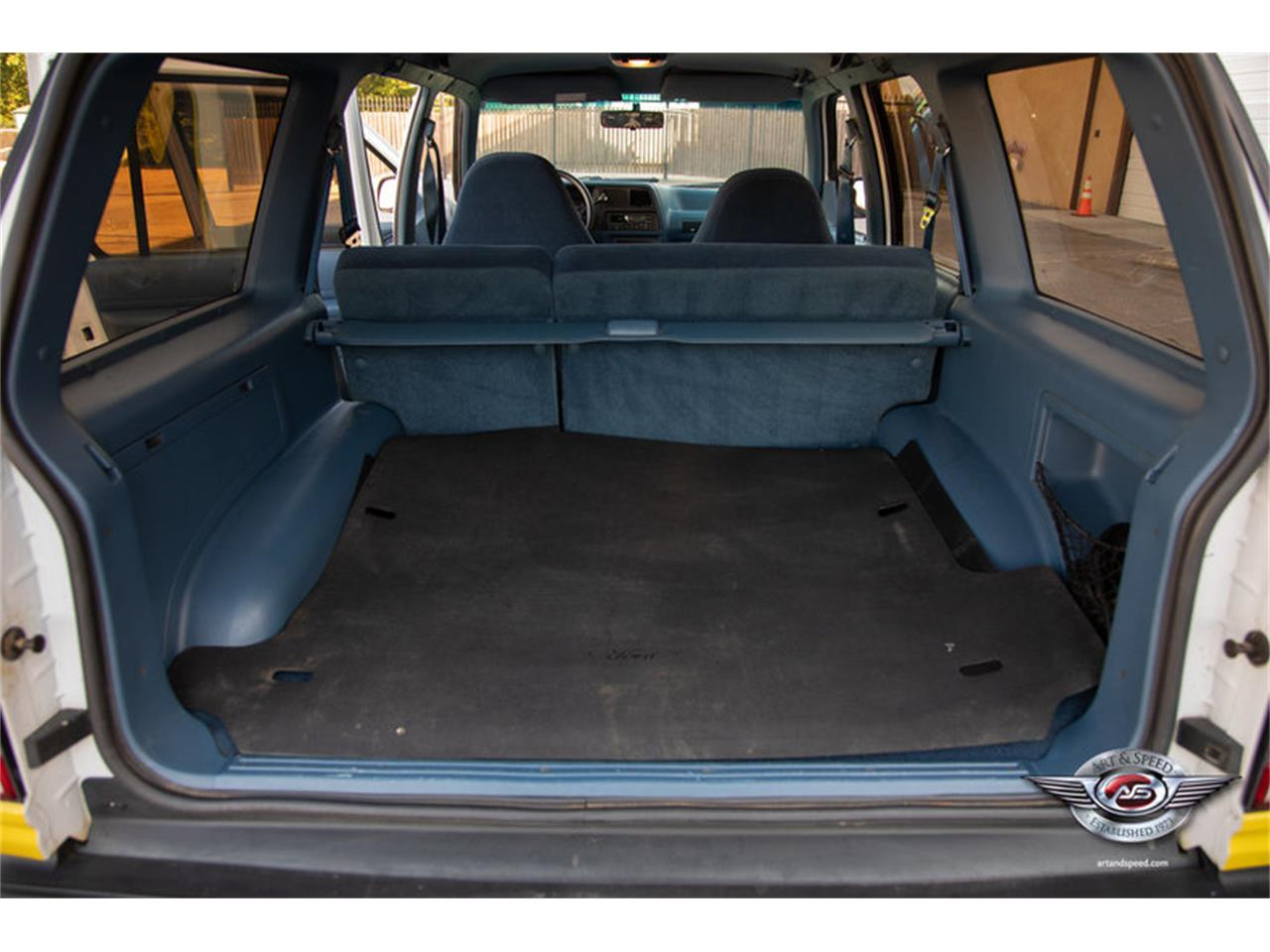 Large Picture of '93 Ford Explorer located in Tennessee - $12,900.00 Offered by Art & Speed - NRIV