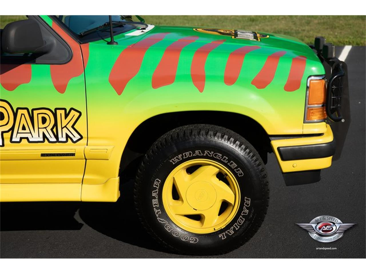 Large Picture of 1993 Ford Explorer located in Tennessee - $8,900.00 Offered by Art & Speed - NRIV