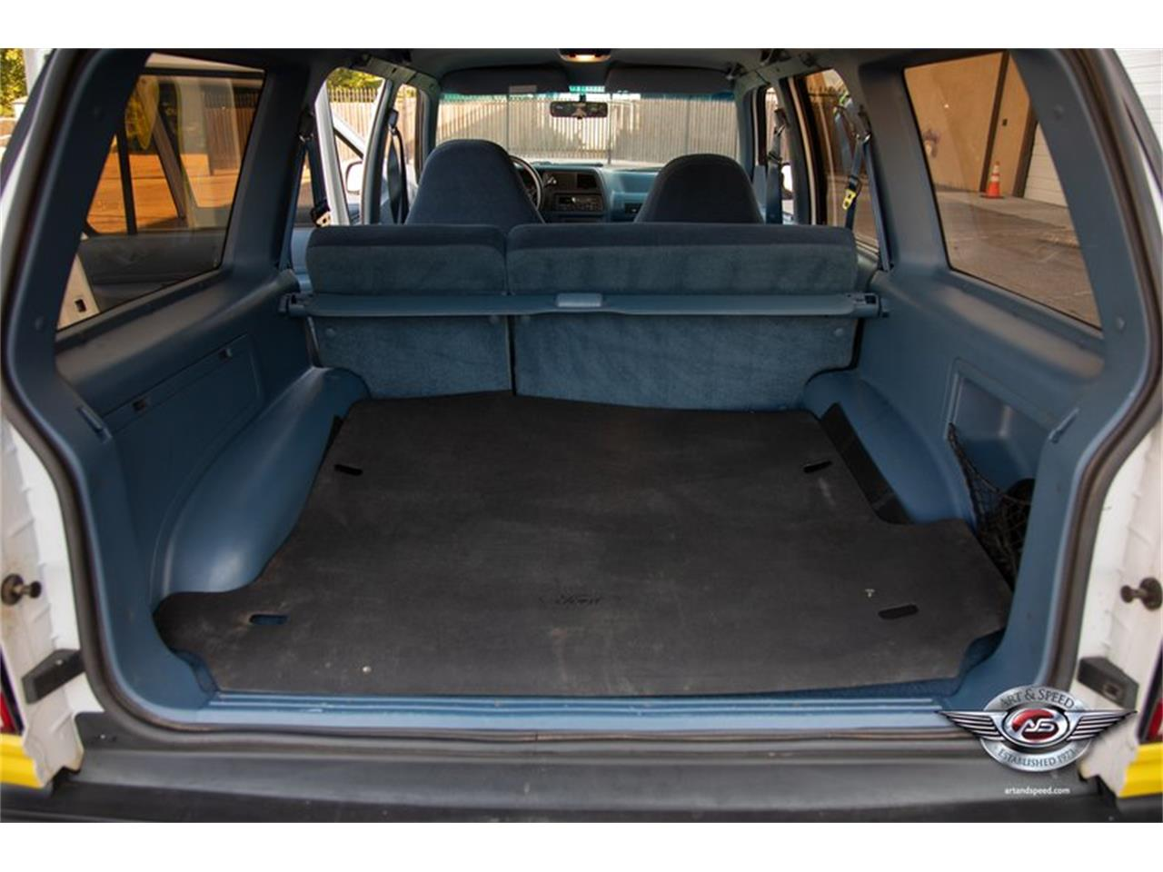 Large Picture of '93 Ford Explorer located in Collierville Tennessee Offered by Art & Speed - NRIV