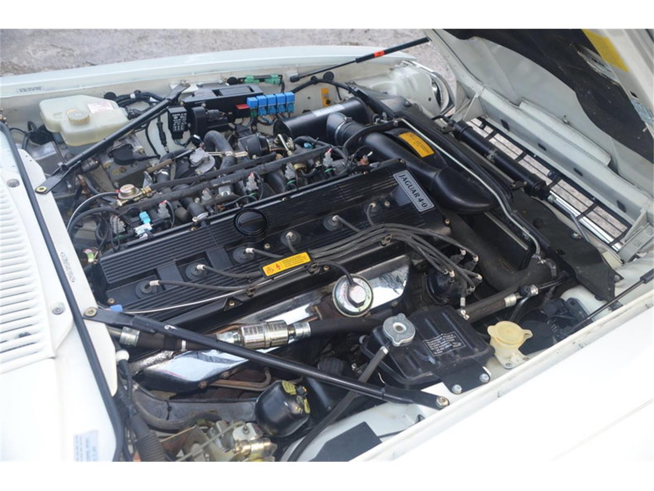Large Picture of '94 Jaguar XJS - NRL8