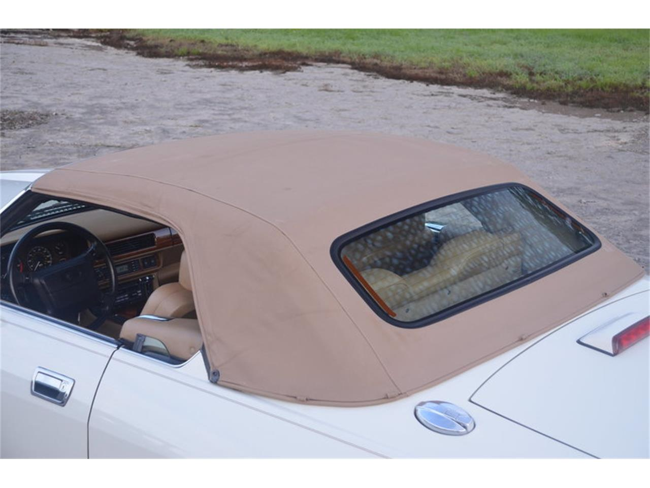 Large Picture of 1994 Jaguar XJS located in Tennessee - $16,500.00 Offered by Frazier Motor Car Company - NRL8