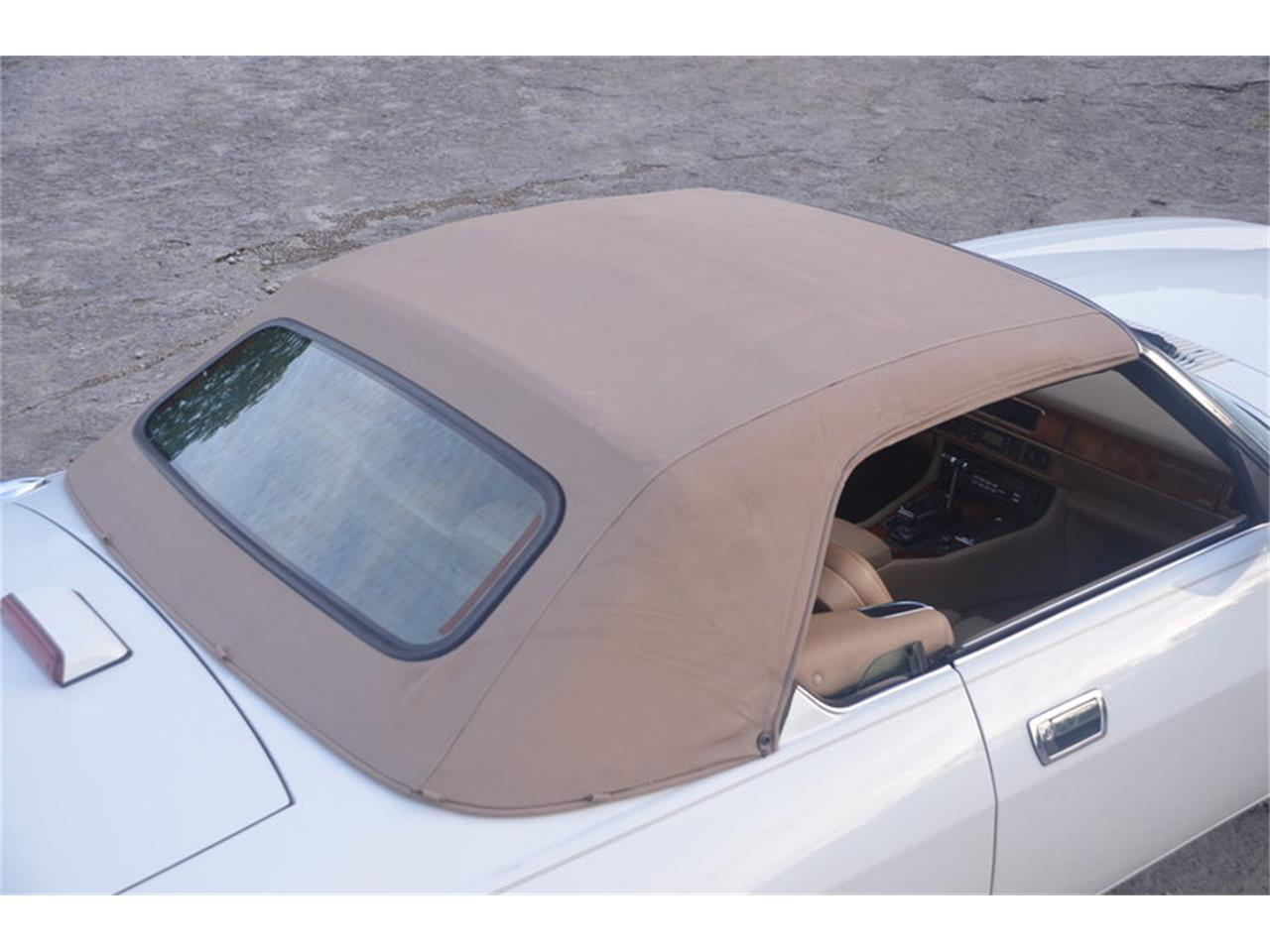 Large Picture of '94 Jaguar XJS located in Tennessee Offered by Frazier Motor Car Company - NRL8