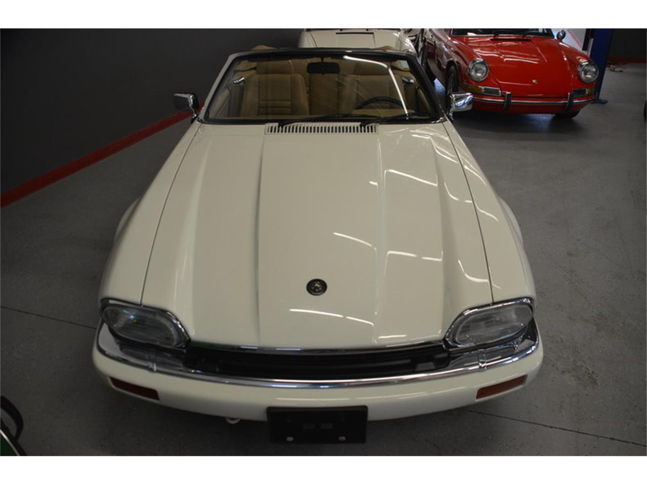 Large Picture of '94 XJS Offered by Frazier Motor Car Company - NRL8