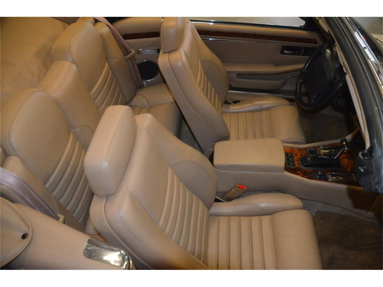 Large Picture of '94 Jaguar XJS located in Lebanon Tennessee - $16,500.00 Offered by Frazier Motor Car Company - NRL8