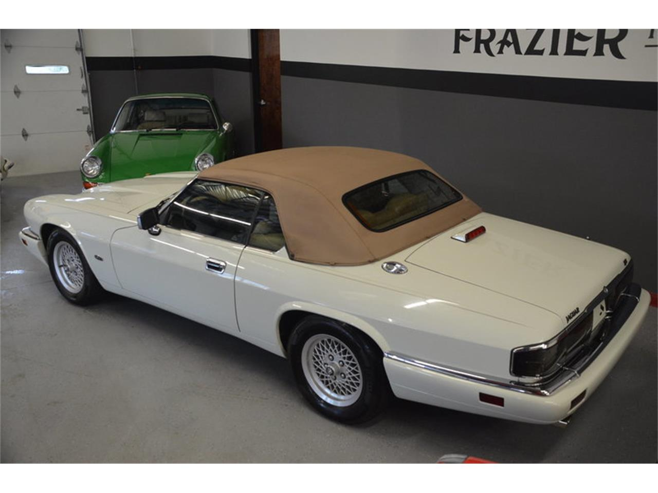 Large Picture of '94 Jaguar XJS located in Tennessee - $16,500.00 - NRL8