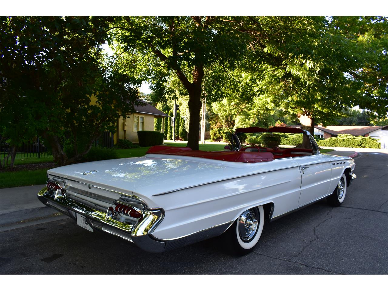 Large Picture of '61 Electra 225 - NRTH