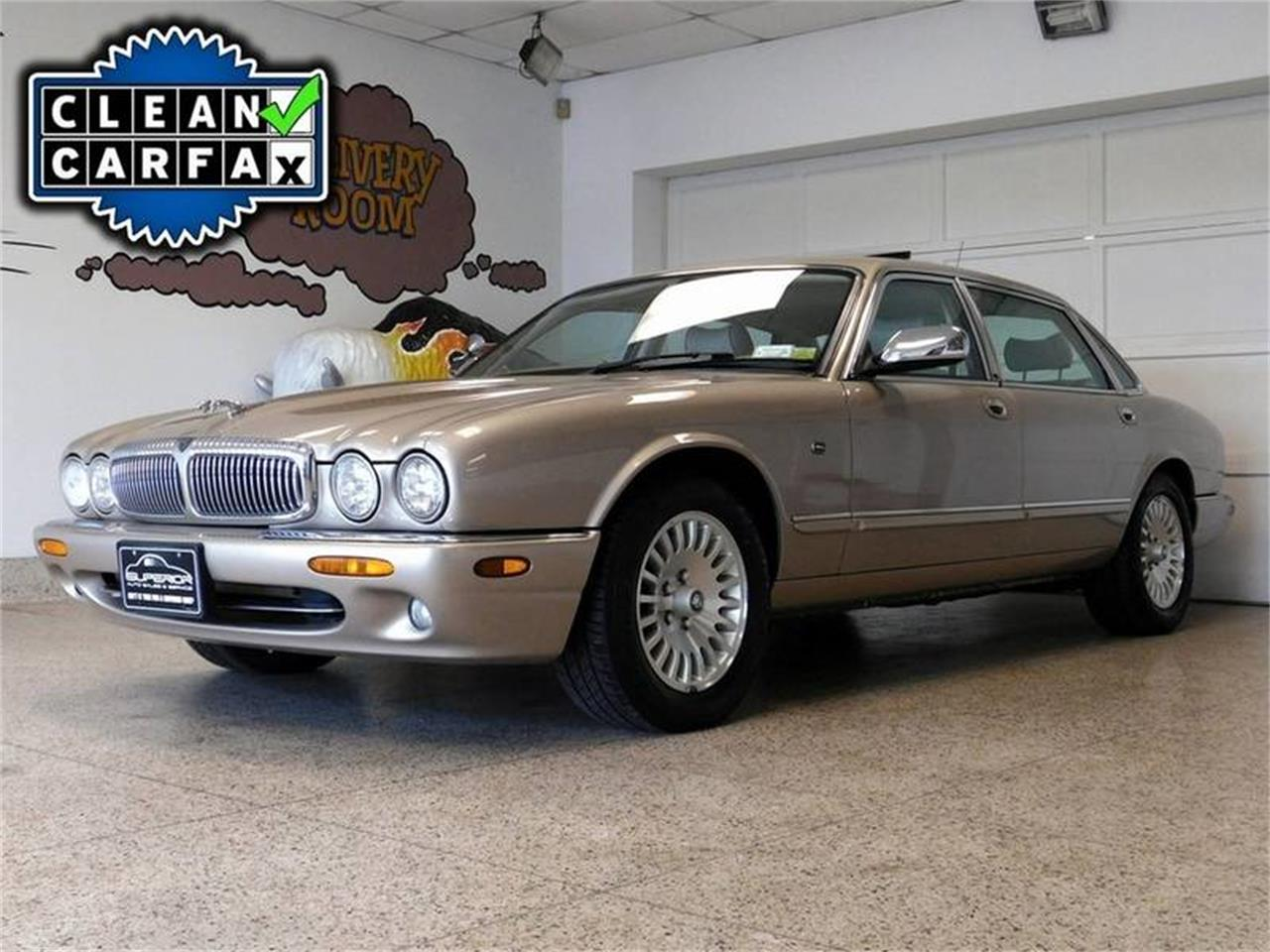 Large Picture Of U002798 XJ8   NRV8