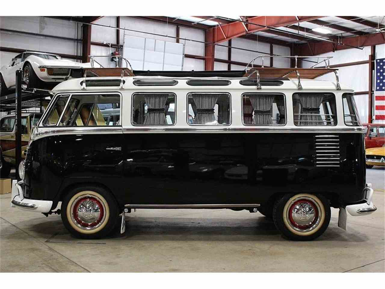 Large Picture of '80 Volkswagen Bus located in Kentwood Michigan Offered by GR Auto Gallery - NLIB