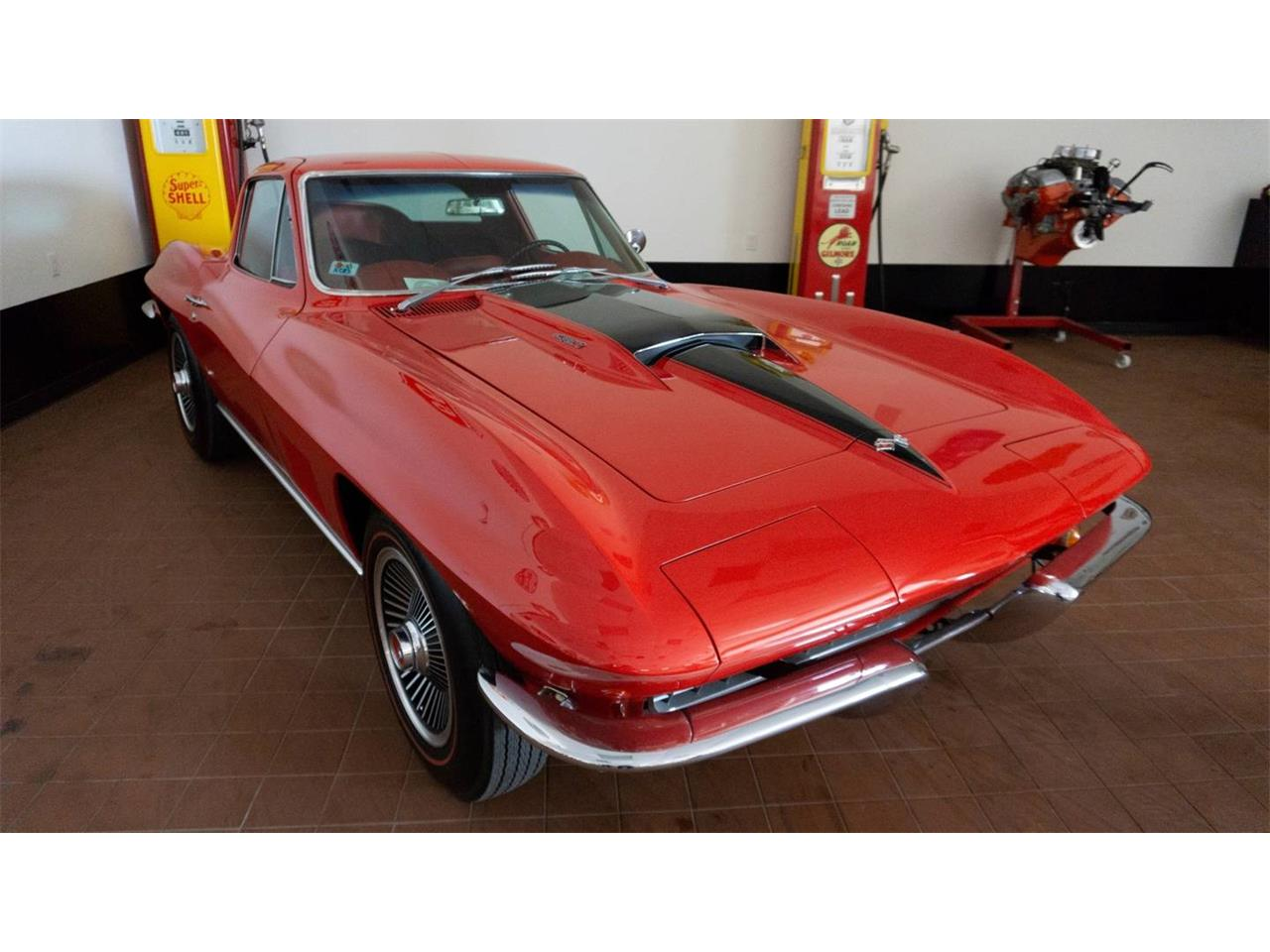 Large Picture of '67 Corvette - NS72