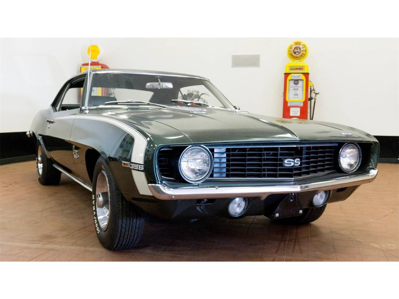 Large Picture of '69 Camaro SS located in New Orleans Louisiana Auction Vehicle Offered by Vicari Auction - NS73