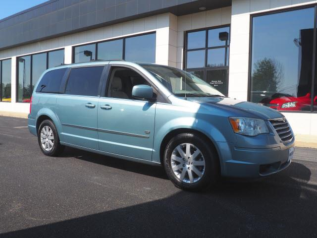 Picture of '09 Town & Country - NTK0