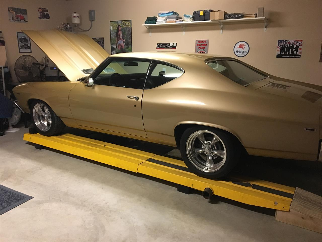 Large Picture of '69 Chevelle SS - NTMW