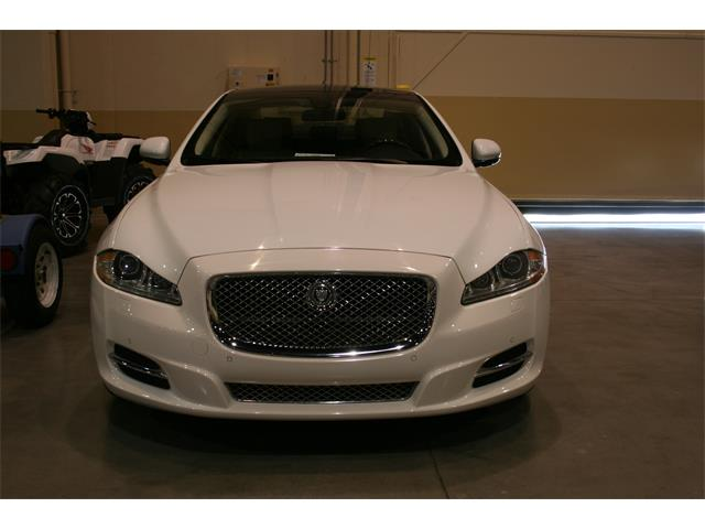 Picture of '11 XJ XJL - NTW7