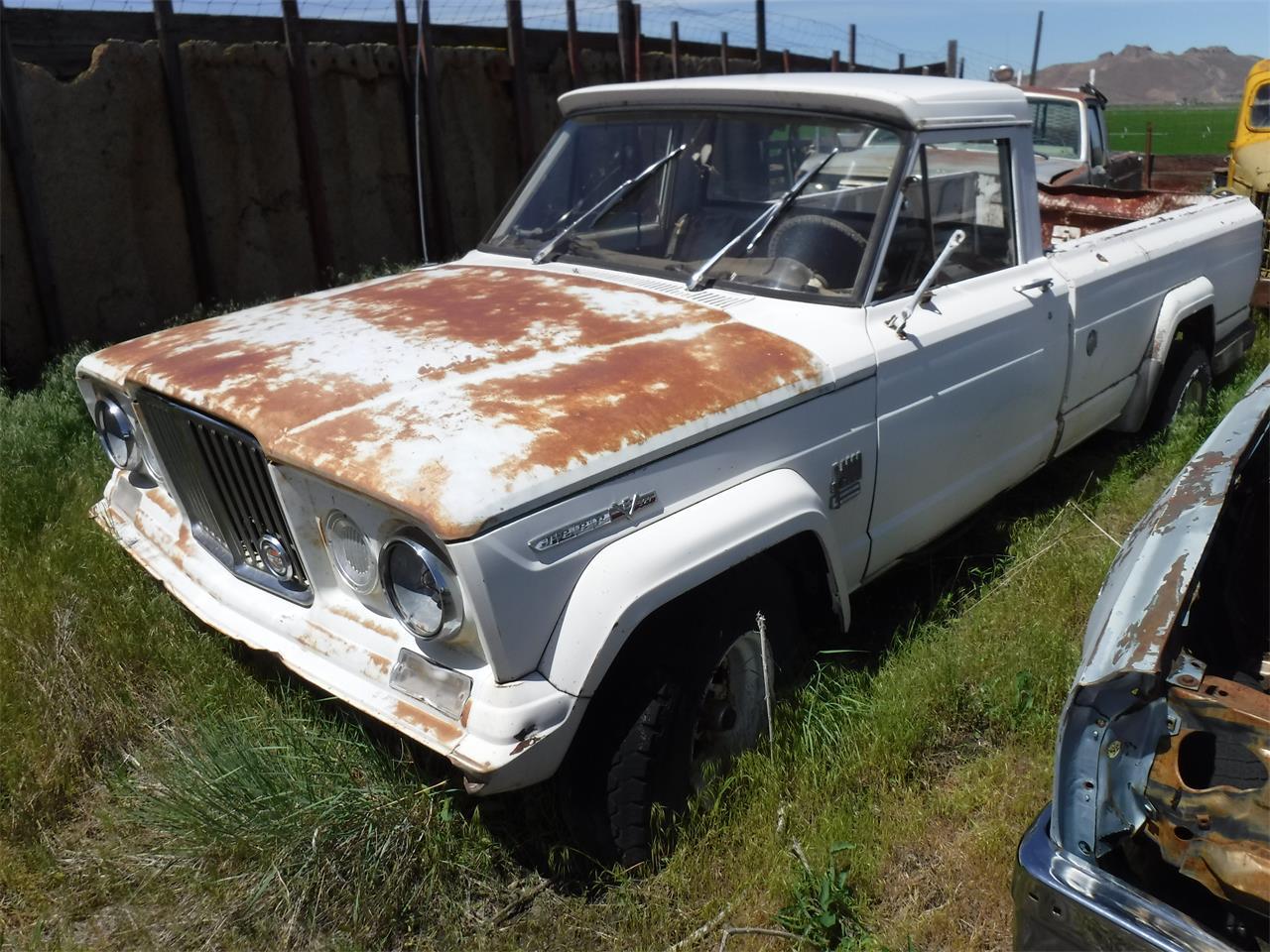 For Sale: 1972 Jeep Pickup in TULELAKE, California